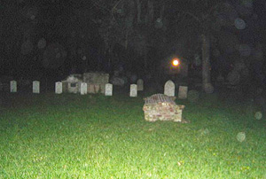 w-ghost-tour-001_0