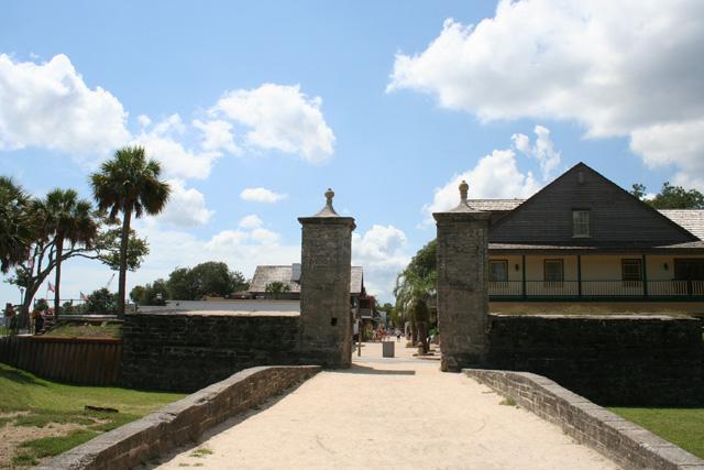 city-gate1